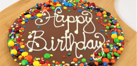 Send birthday chocolate gifts online to any city in India